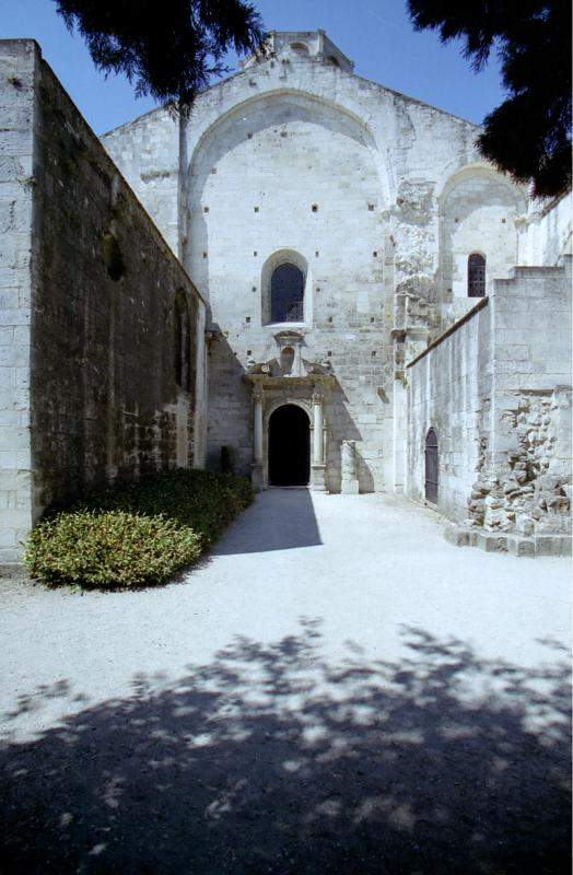 Saint Honorat des Alyscamps